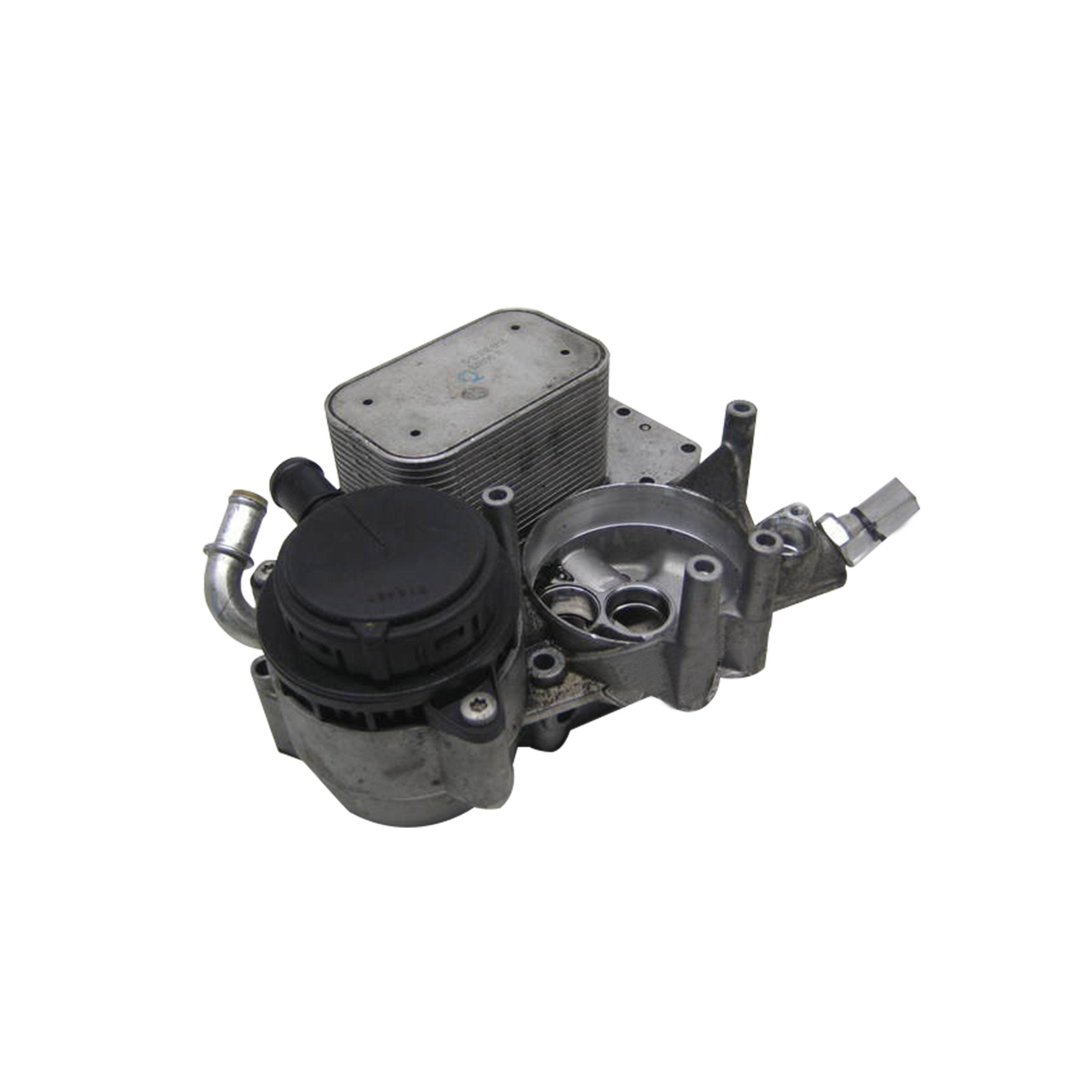 Yağ Filtre Kütüğü - Audi A4,Q5 - Touareg