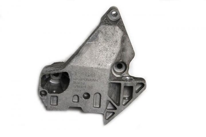 Motor Kulağı - Golf 5 - Jetta - Passat - Touran
