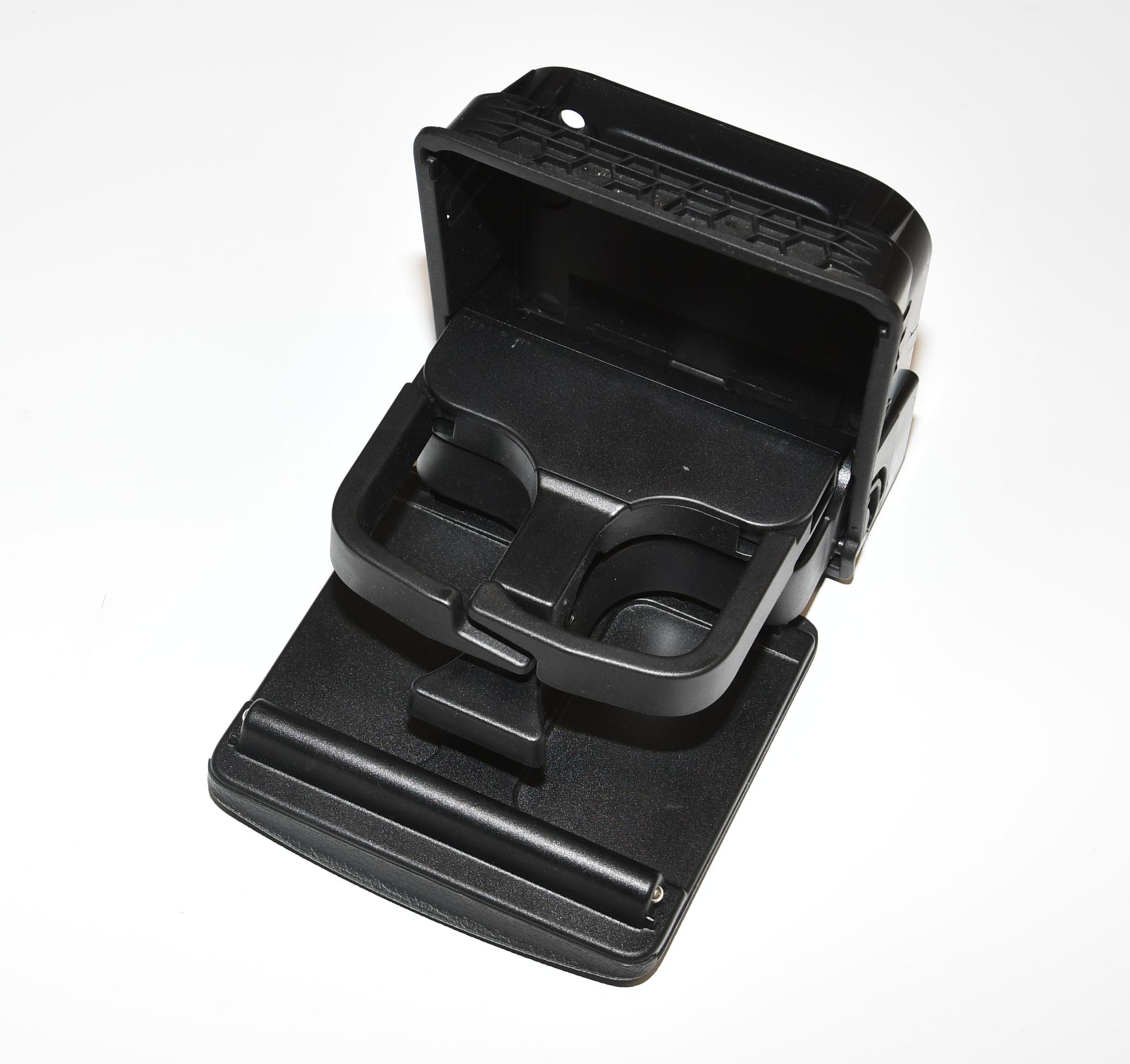 Arka  Bardaklık - Golf 5 - 6 - Jetta