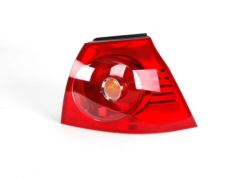 Arka Dış Stop Lambası Sağ Volkswagen - Golf 5 2004 >