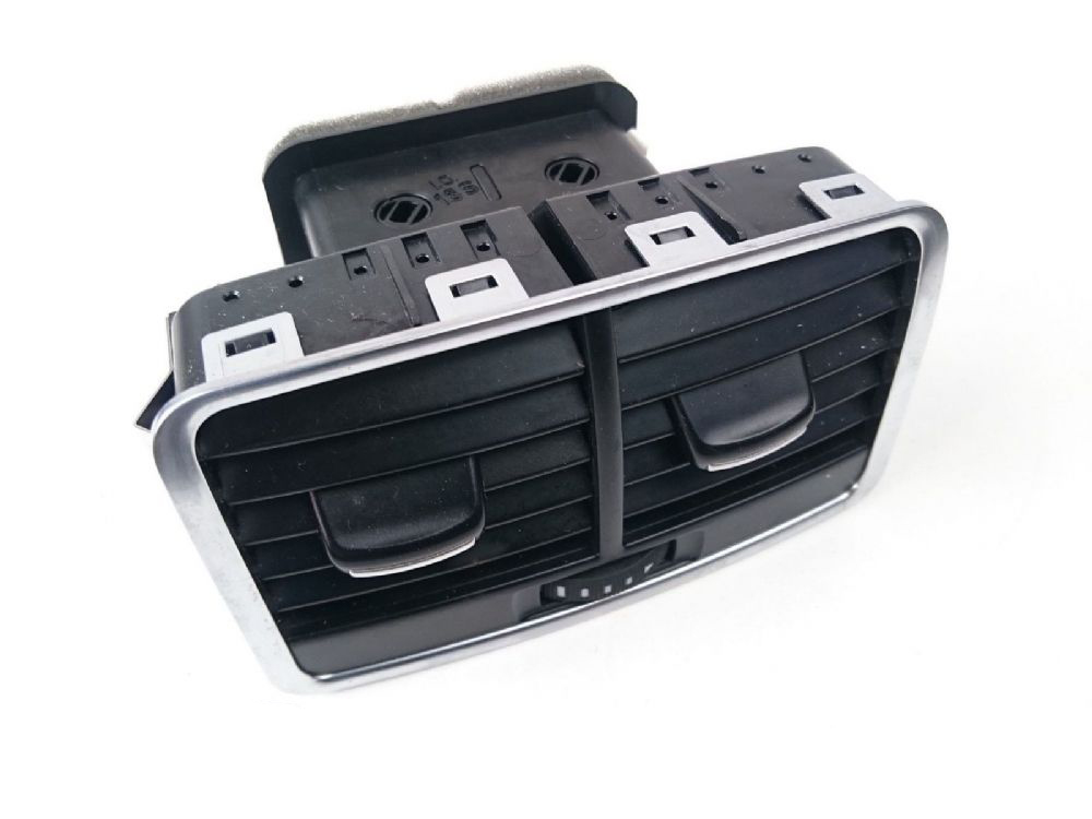 Arka Havalandırma - Audi A 6 - 2005 - 2011