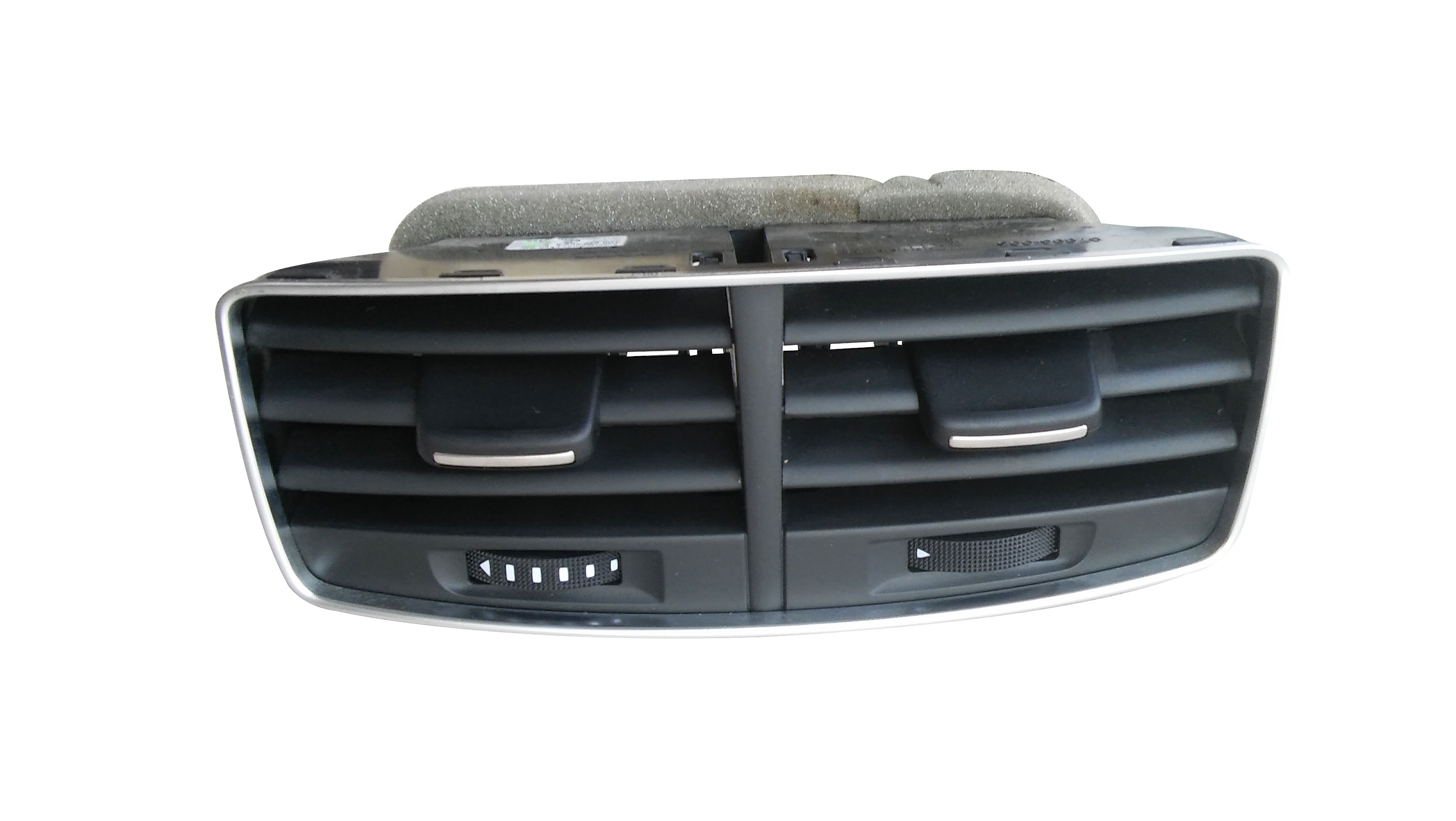 Arka Orta Havalandırma - Audi A8 2010 > 2013