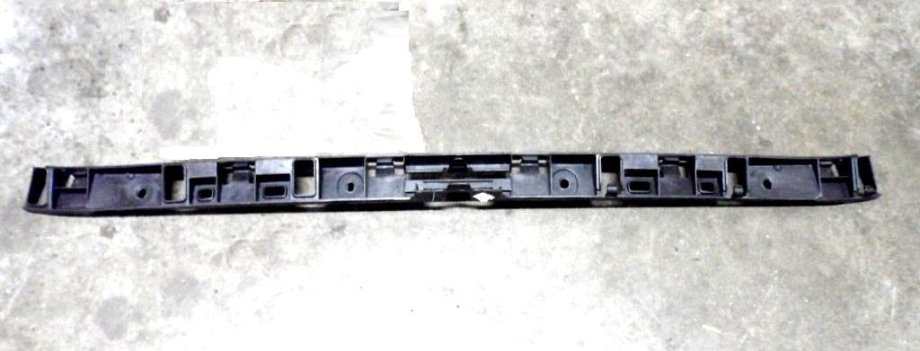 Tampon Braketi Orta Arka - Volkswagen - Jetta 2012