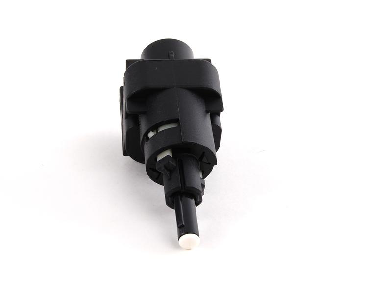 Fren Müşürü Siyah 4 Kutuplu Tüm Modeller - A3 - Caddy 3 - Golf 5 - Jetta  - Polo HB