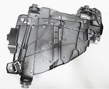 Far Alt Braketi Sağ - Volkswagen - Touareg