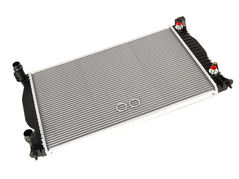 Radyatör - Audi A4  2001>>2005
