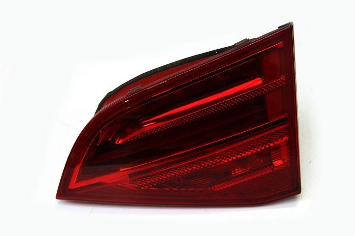 Arka İç Stop Sağ - Audi A4  2008>>