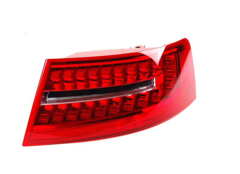 Dış Stop - Sağ - Audi - A6 - 2010>